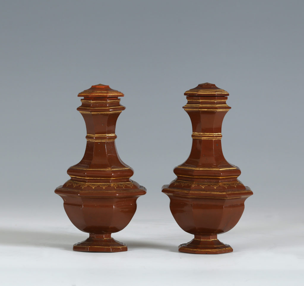 A PAIR OF MEISSEN BÖTTGER STONEWARE VASES AND COVERS